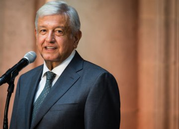 Mexico to Cut VAT in Region Bordering US