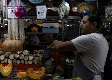 Payment Apps Boom  in Cash-Scarce Venezuela