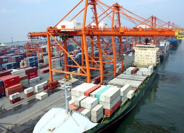 Exports extended their growth trajectory for the ninth consecutive month in August.