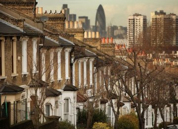 UK Mortgage Lending Up 6.4%