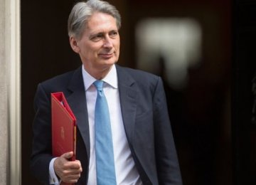 UK Budget Deficit at  10-Year Low