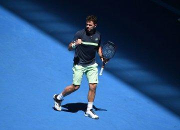 Federer, Djokovic, Wawrinka, Kerber and Sharapova Advance