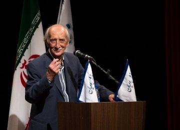 Dariush Asadzadeh