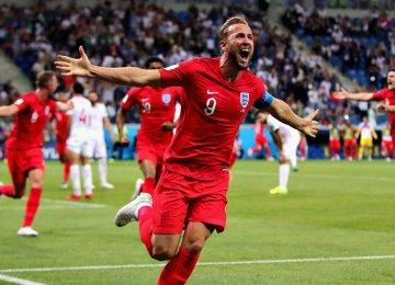 Harry Kane scored twice for England to beat Tunisia 2-1.