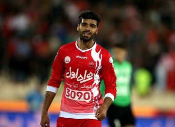 FIFA Punishes Mehdi Taremi, Persepolis Over Contract Breach