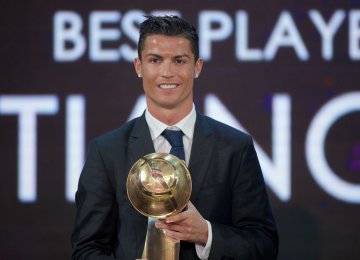 Cris Ronaldo won Best Player of the Year Award in 2016.