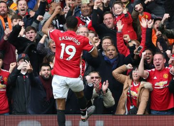 Rashford Double Gives United Victory Over Liverpool
