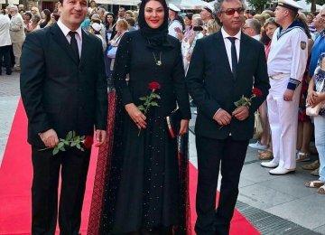 Morteza Atashzamzam (L), Laleh Eskandari (C) and Mohamadreza Hedayati