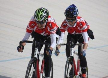 Iran Woman Cyclist Joins UAE Club