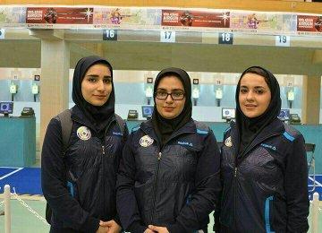 Haniyeh Rostamiyan (L), Fatemeh Qodrat-Abadi (C)  and Seyyedeh Shirin Mortazavi