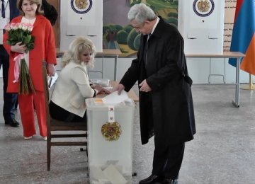 President Serzh Sargsyan at the polling booth