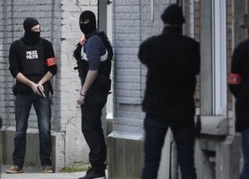 Belgian Police in Counter-Terror Raids