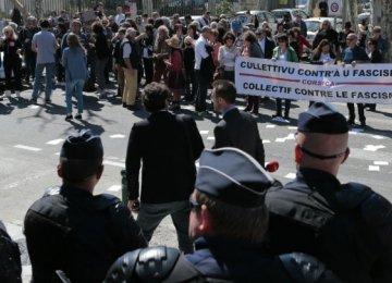 Protest Mars  Le Pen Event