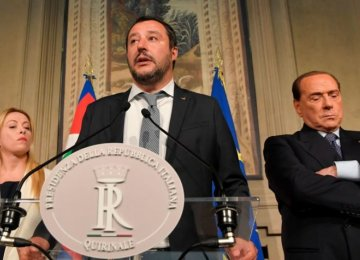 Italy's Anti-Establishment Parties Race to Form Coalition