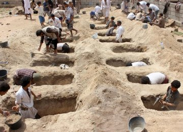 Saudi-UAE Air Raids Kill Dozens in Yemen, Including 22 Children
