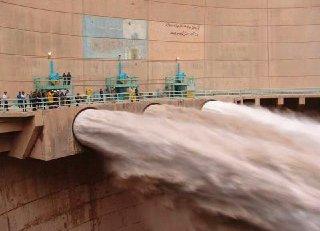Torrential Rains Fill 70% of Iran Dams