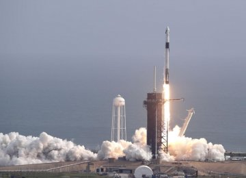 SpaceX Launches Fifth Batch of Starlink Satellites