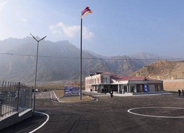 Armenia, Azerbaijan Compete to Attract Iranian Cargo