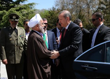 Erdogan to Visit Tehran on Oct. 4