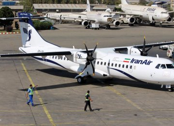 Iran Air's brand-new ATR turboprop - Tehran Mehrabad International Airport - Photo: Sadra Mosala
