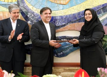 Iran Air's First Female CEO Takes Office- Report