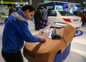 Iranian Automakers Urged to Increase R&D Budget