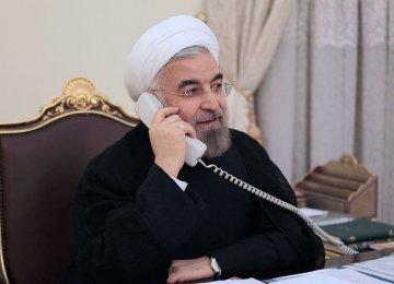 Rouhani, Macron Talk on Phone