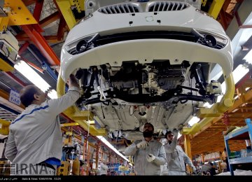 Iran Auto Industries Produce 1.2m Units in 11 Months