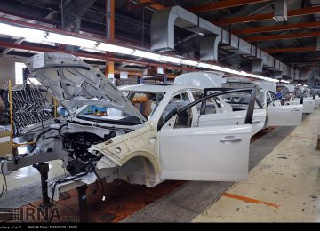Iran Automakers Produce 1.25m Vehicles in Last Fiscal Year