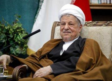 Rafsanjani Supports Closer Int'l Economic Ties