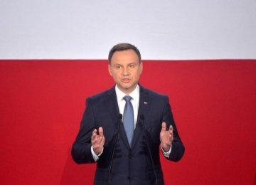 Polish President Concedes Defeat