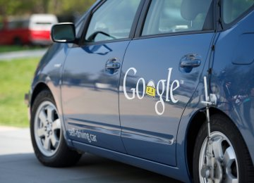 Google prefers to work with other car makers than go on its own.