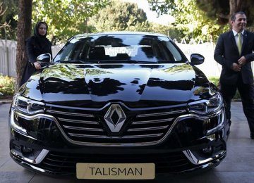 Renault Imports 93,000 Units to Iran