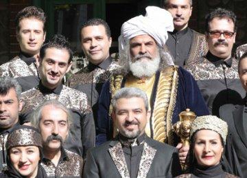 Kavian music ensemble with raconteur Amir Sadeqi (center)
