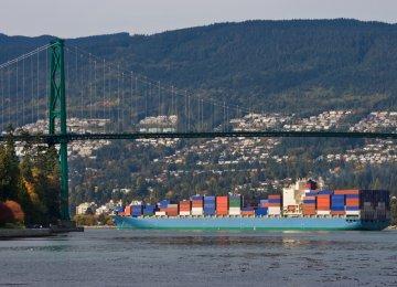 Canada Trade Deficit Declines