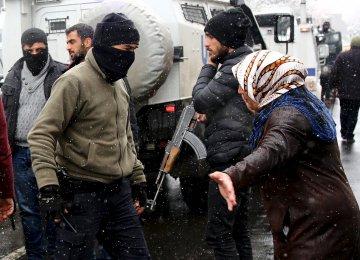 4 Dead in Clashes in Turkey's Diyarbakir