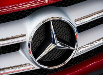 Mercedes-Benz Boosts Sales in Q1
