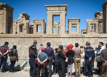 Persepolis Attracts Large Numbers