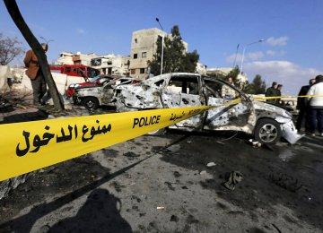 6 Killed in Car Bombing Near Damascus