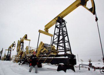 Indian Firms, Rosneft Sign Energy Deals