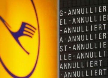 Lufthansa Pilots' Strike to Strand 100,000