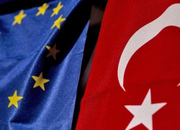 EU-Turkey Visa Deal Unlikely in 2017