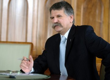 Hungarian Speaker to Visit