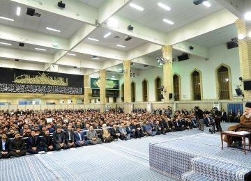 Ayatollah Seyyed Ali Khamenei receives top university students and members of Iran's National Elites Foundation in Tehran on Oct. 19.