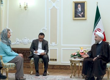 EU foreign policy chief, Federica Mogherini (L), meets President Hassan Rouhani in Tehran on Oct. 29.
