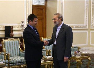 Parliaments Can Help Cement Tehran-Kiev Ties