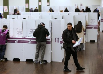 Tight Vote Could End in Hung Aussie Parliament