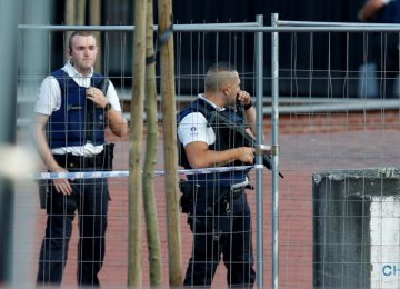 Attacker Injures 2 Belgian Police Officers