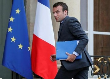 French Minister Campaign to Collect Voters' Grievances