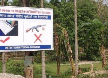 Suspected Rebels Kill 13 in Indian Market